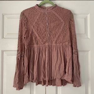American Eagle Long Bell Sleeve Lace Top Blush SzM
